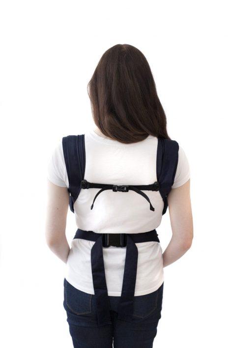 izmi-baby-carrier-back-over-shoulder
