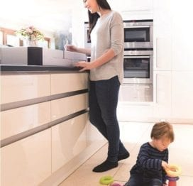 fred-safety-hob-stove-guard-lifestyle-1