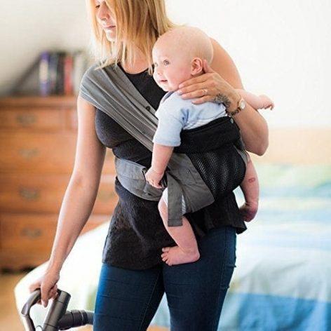 izmi-baby-carrier-breeze-lifestyle-hip-carry