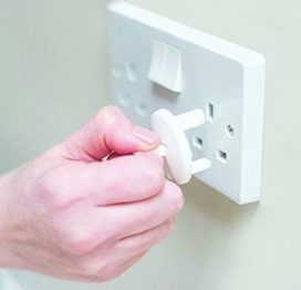 fred safety plug socket covers