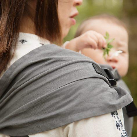 Izmi_Toddler_Cotton_Mid_Grey_Front_Carry_shoulder_strap-left