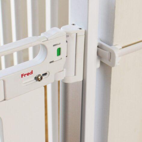 Stairpost-Fitting-Kit-Lifestyle-white