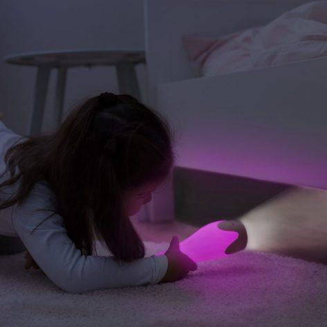 gina_pink_torch-cropped