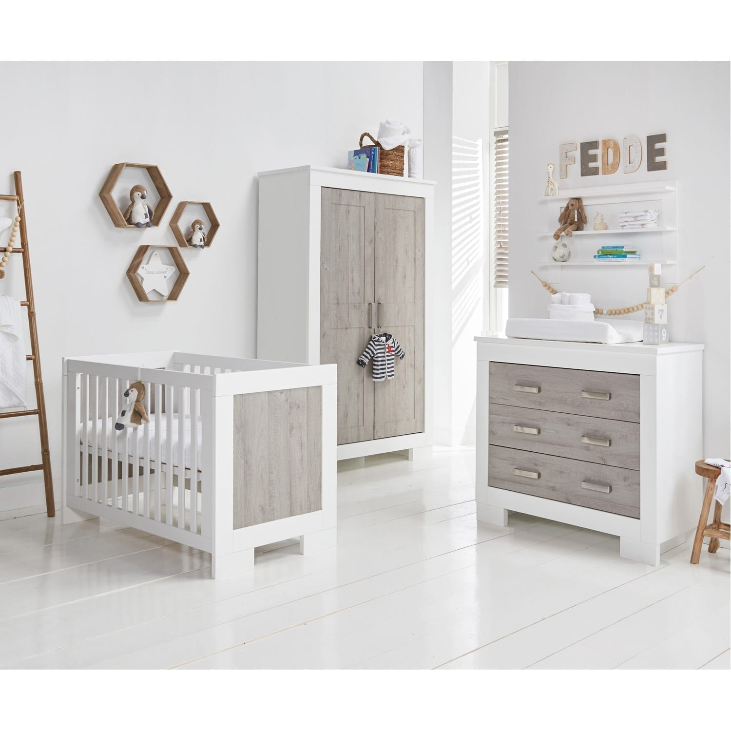 BabyStyle Chicago Nursery Roomset
