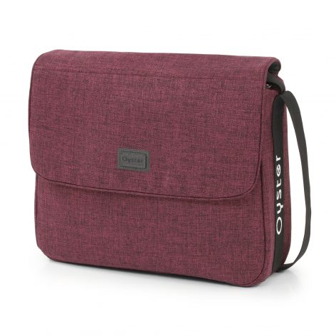 Oyster 3 Changing Bag Berry